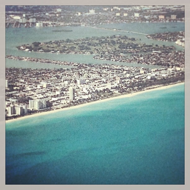 Miami International Airport (MIA)