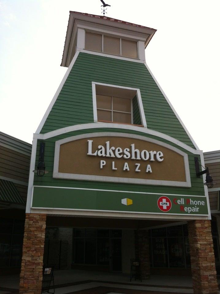 Menchie's Lakeshore Plaza,