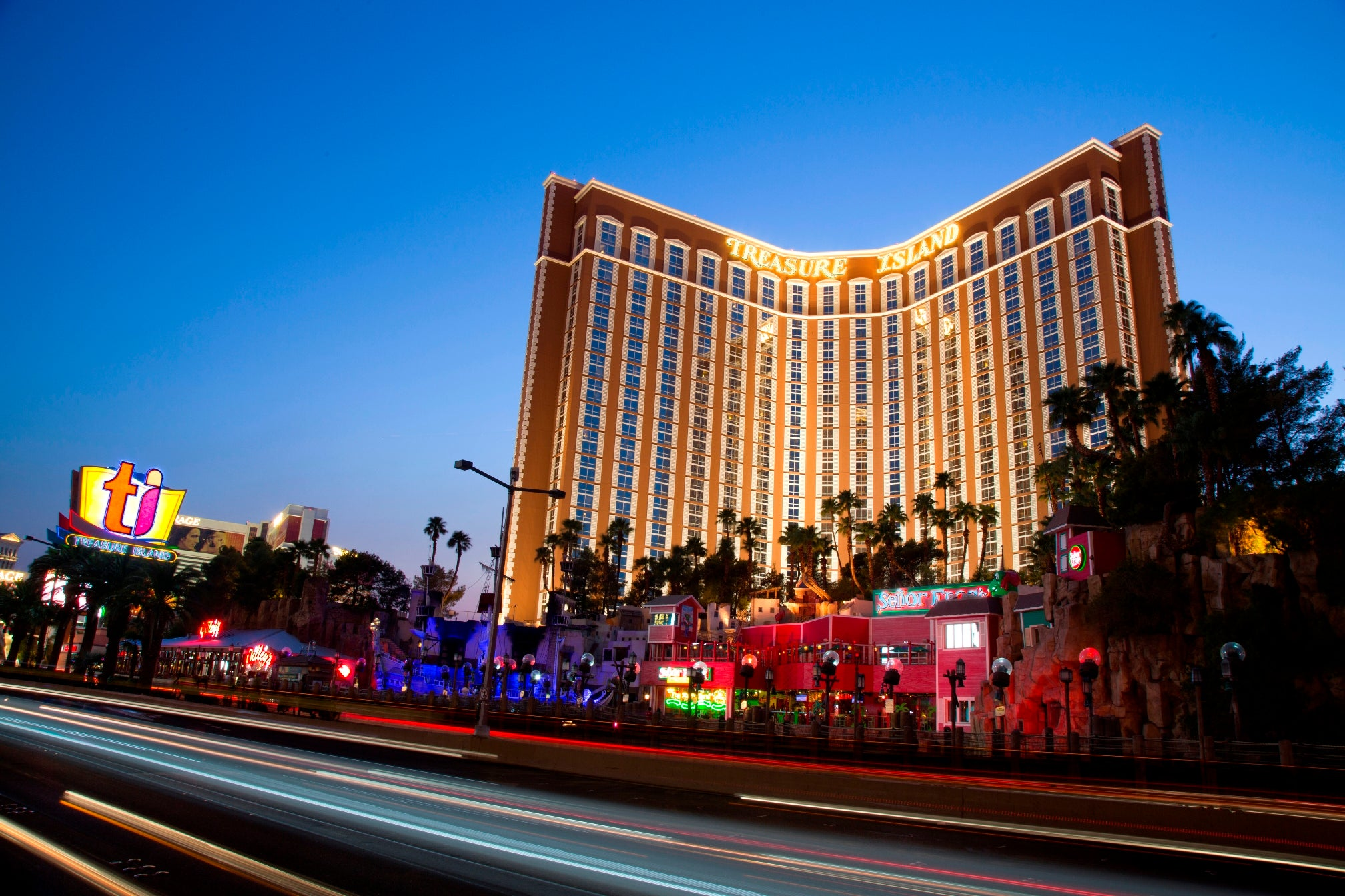 Treasure Island Las Vegas Reviews