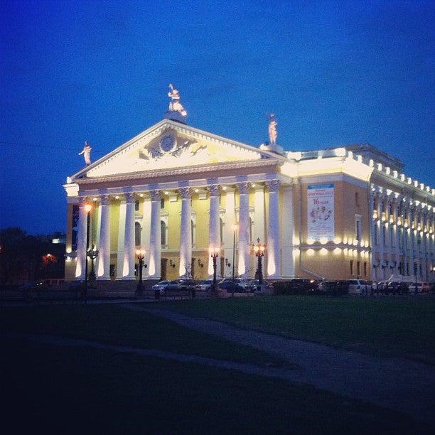 Цены на билеты в оперный театр новосибирск афиша билеты на концерт валерия меладзе в уфе