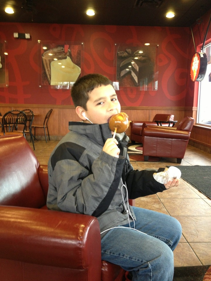 COLD STONE CREAMERY,ice cream