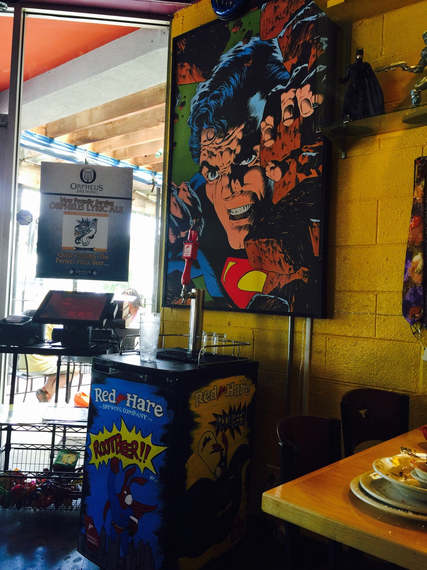 Savage Pizza,good for groups,ice cold beer,kid friendly,patio,pizzeria