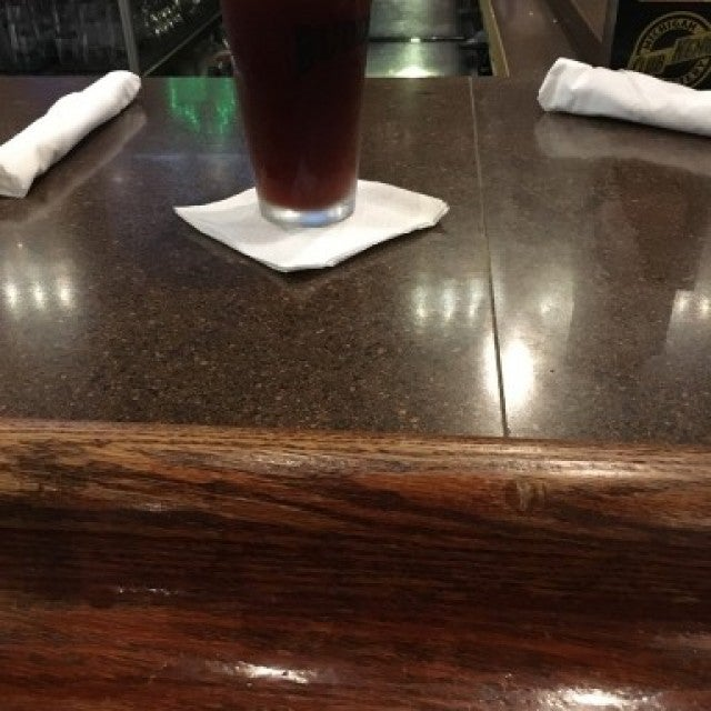 Buddie's Pub & Grill,bar,brunch,dj trivia,keno,restaurant