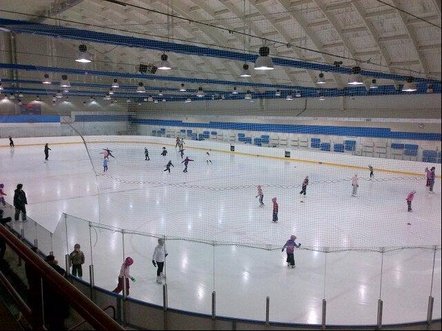 Ледовый дворец локомотив москва