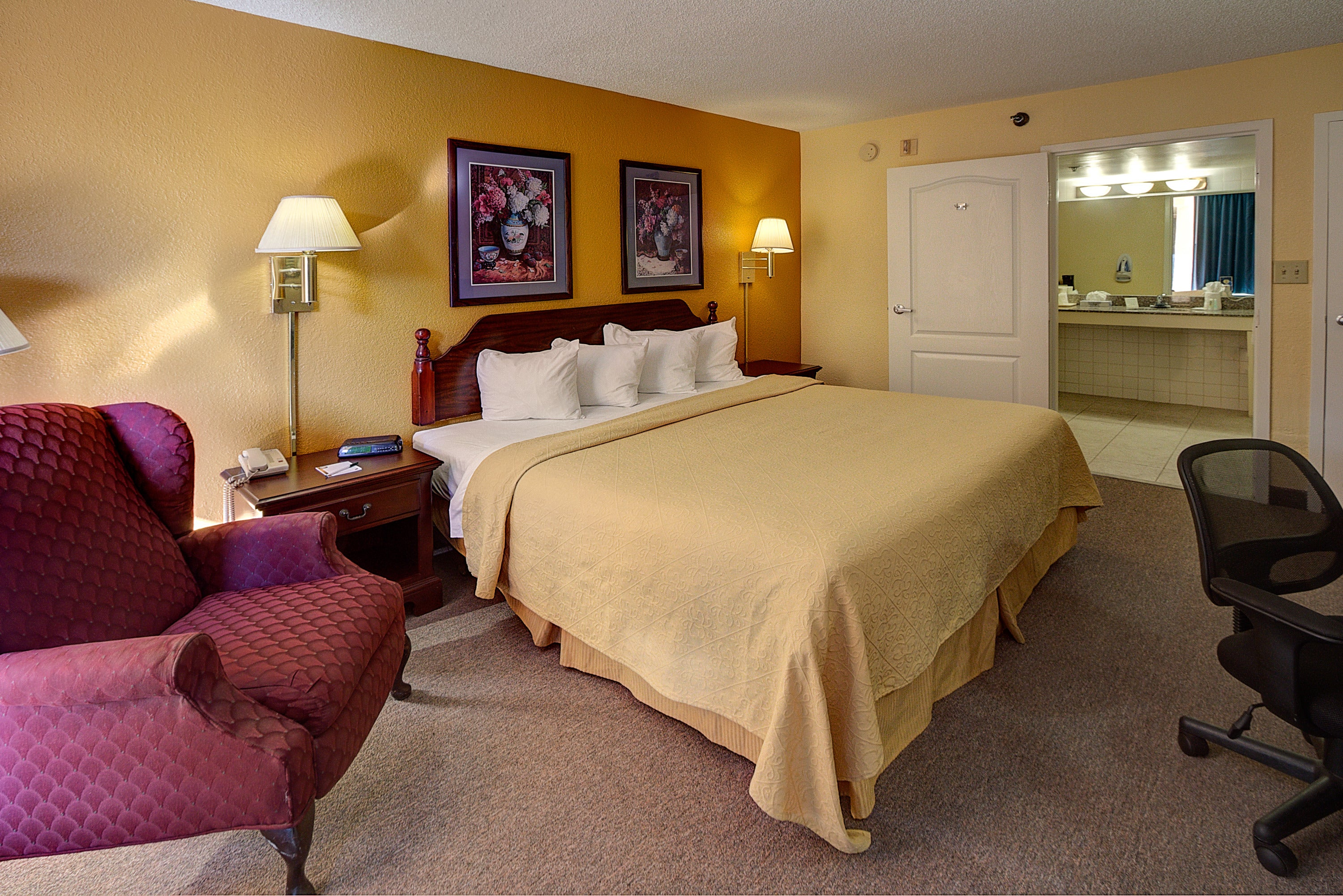 Quality Inn & Suites Conference Center,