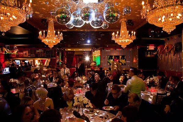 Lips Restaurant,bar,dinner theater,drag queens,drag show,enetertainment,restaurant