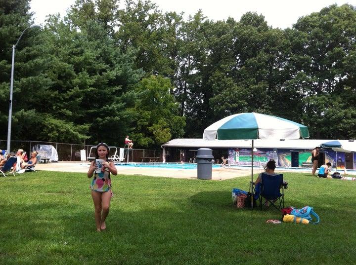PINE RIDGE SWIM CLUB,pool,swim club