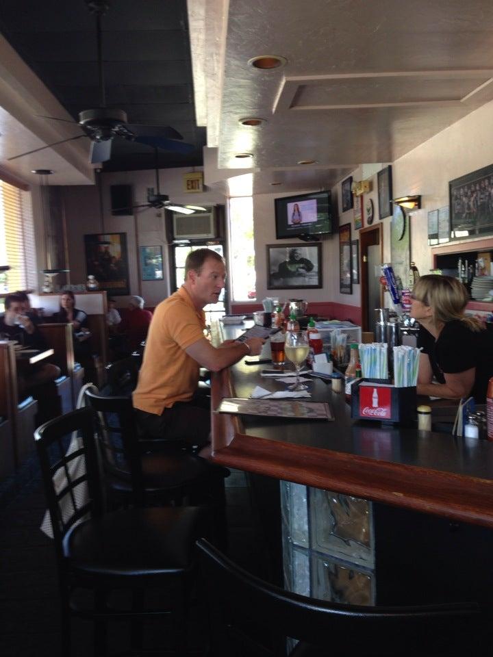Granger's Bar & Grill,