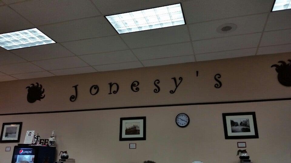 Jonesy's Main St Cafe,
