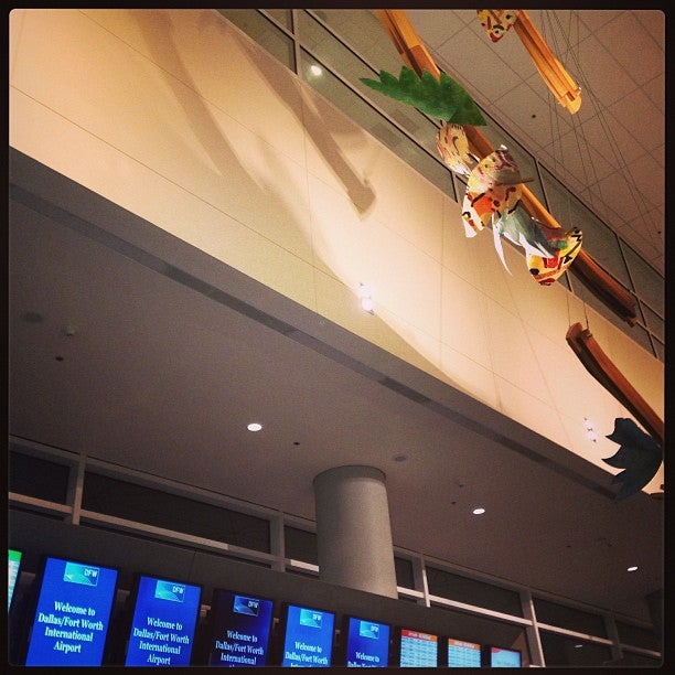 Dallas/Fort Worth International Airport (DFW)