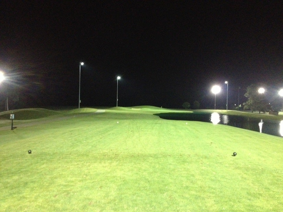 Knight's Play Golf Center