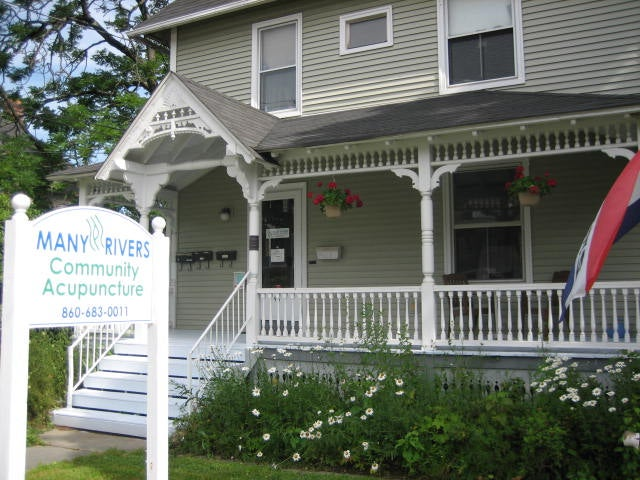 Many Rivers Community Acupuncture Llc,