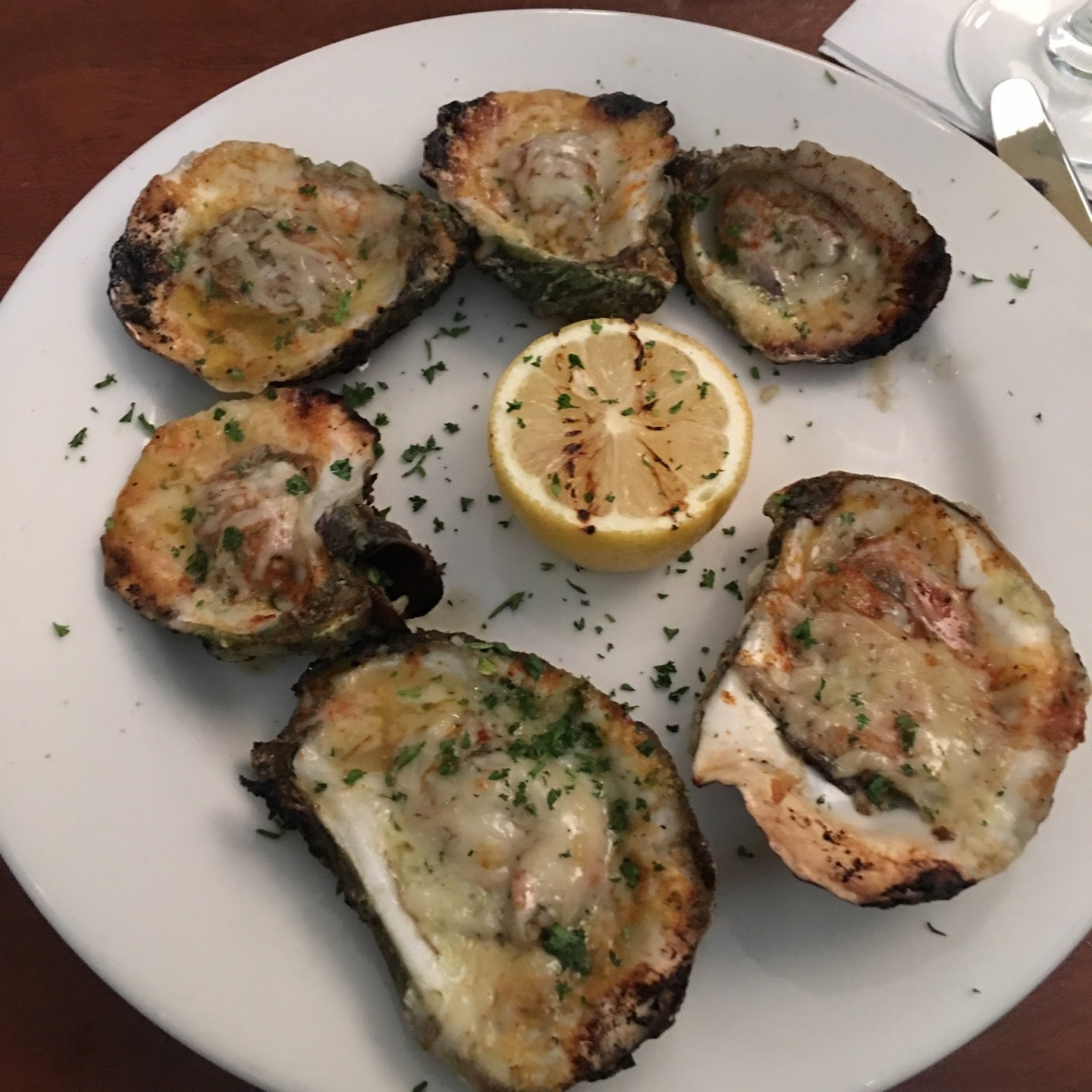 C & S Seafood & Oyster Bar,bar,seafood,steaks