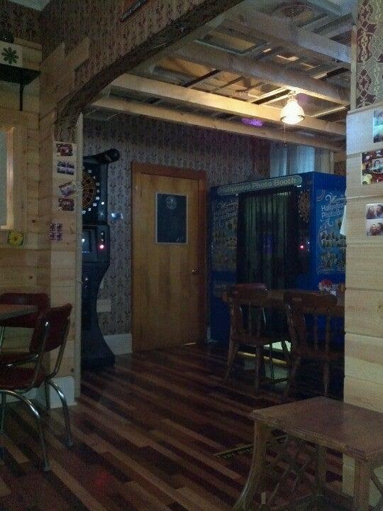 Dawn's Ruby Room,