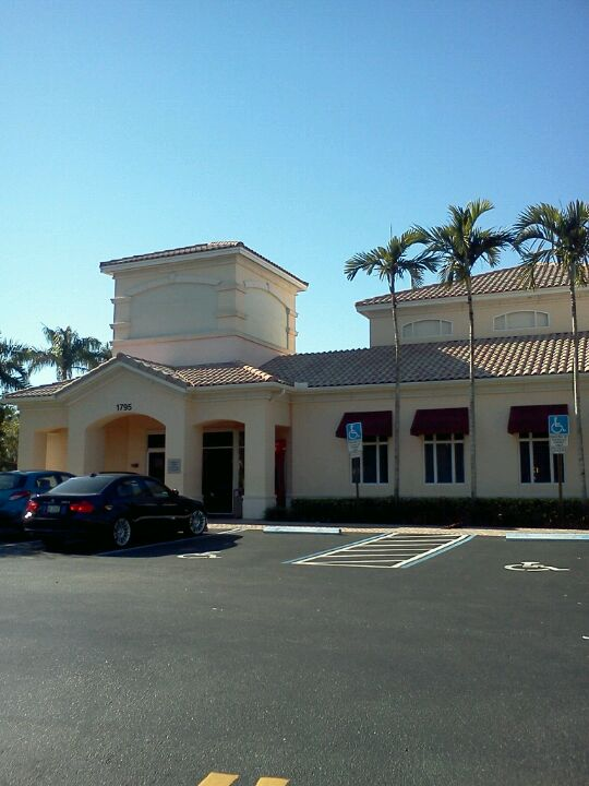 BANK OF AMERICA FINANCIAL CENTER,atm,bank,drive-through,drive-up,towncenter,weston