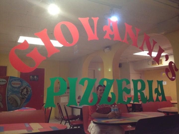 Giovanni's Pizza,