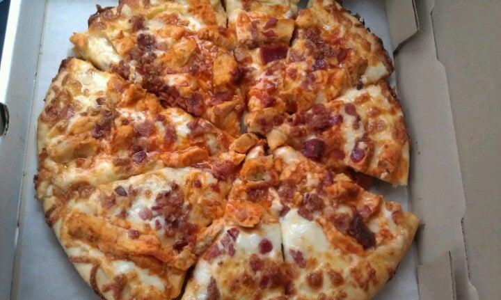 Colucci's Pizza,