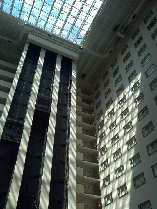 HILTON,aaa 4 diamond,all suite,hotel,meeting,rooftop pool,wedding venue