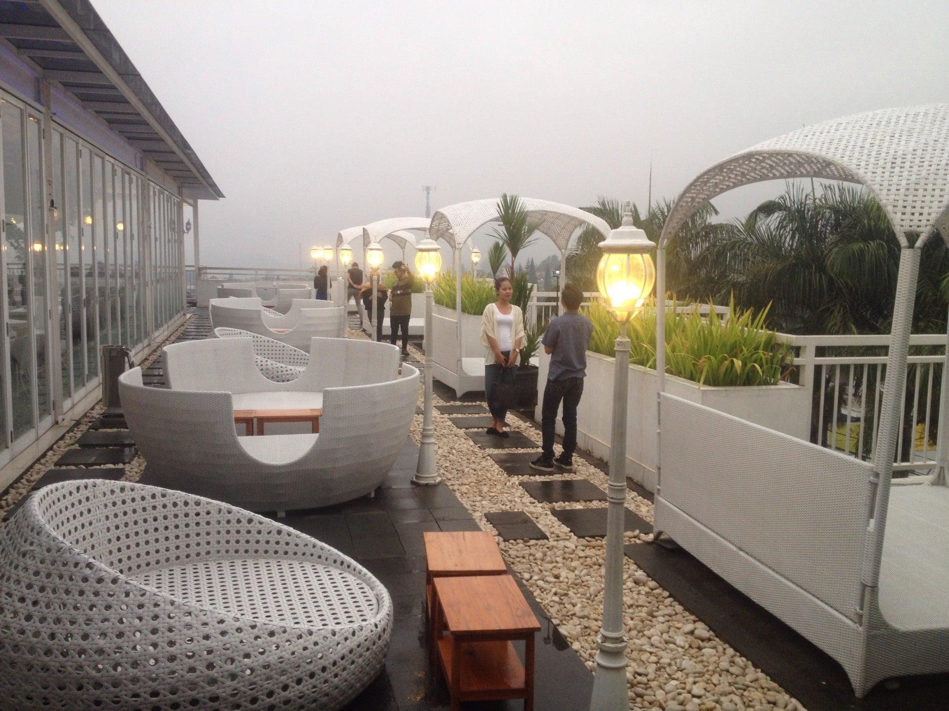 Nicole S Kitchen Lounge In Puncak Jakarta Openrice Indonesia