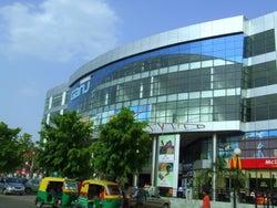 Sahara Ganj Shopping Mall & Pvr Cinemas