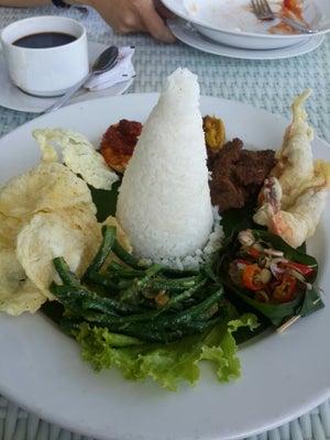 dari Sierra Cafe & Lounge (Dago Pakar (Dago Atas)) di Dago Pakar (Dago Atas) |Bandung