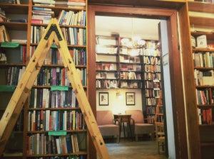 Massolit Books
