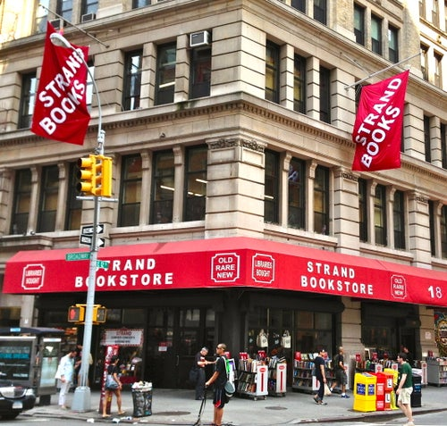 strand bookstore shop in new york city new york usa travel guide tripwolf. Black Bedroom Furniture Sets. Home Design Ideas