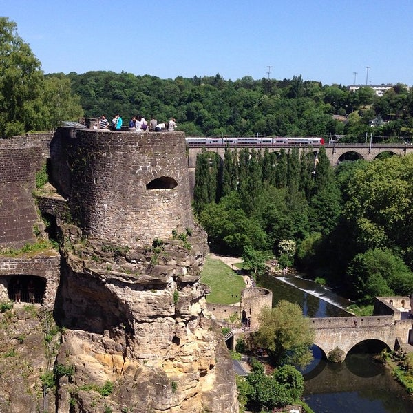 Explore historic places in luxembourg by citymaps guides for Bonnevoie piscine luxembourg
