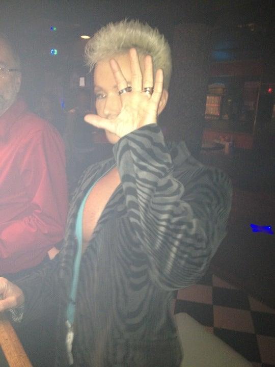 victoria Gay Bars