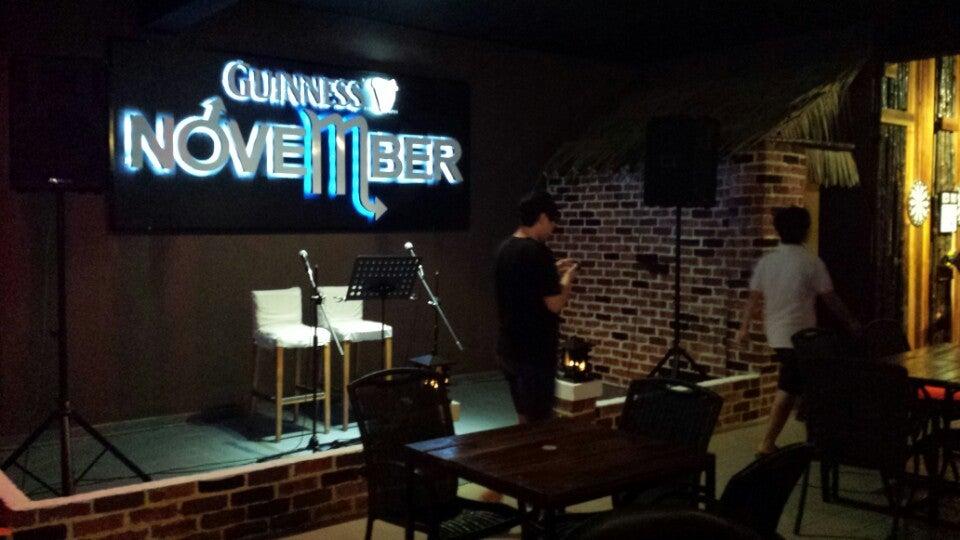 November Cafe & Restaurant