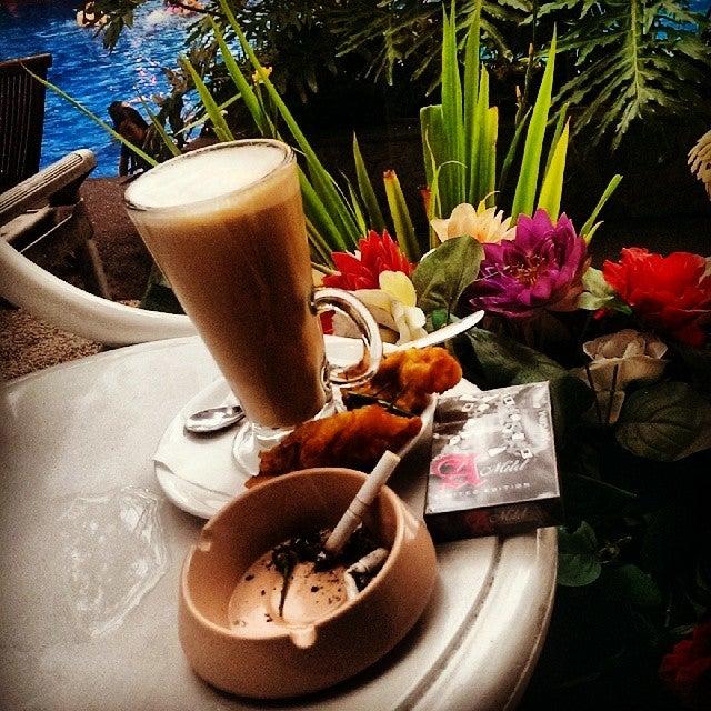 D'oasis Resto & Lounge