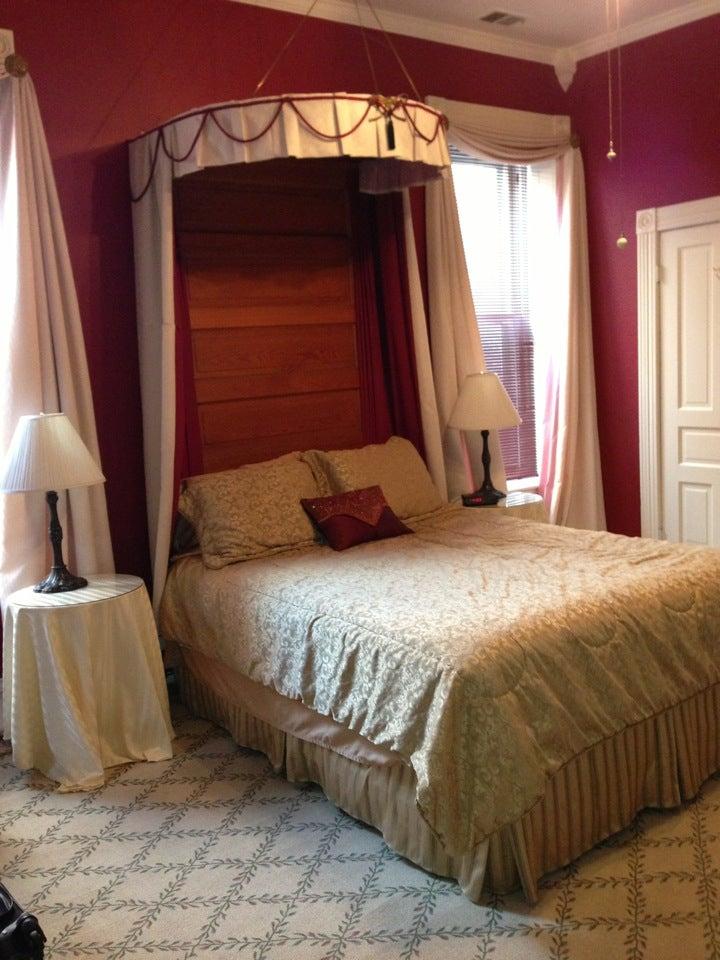 Photo of Napoleon's Retreat Bed and Breakfast Inn