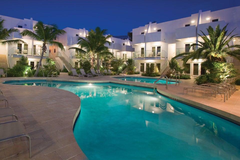 Photo of Santa Maria Suites Resort