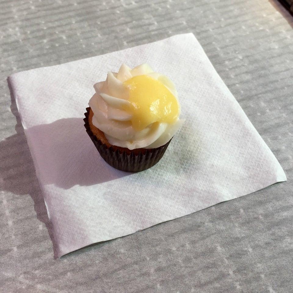 Photo of Cupcake Jones