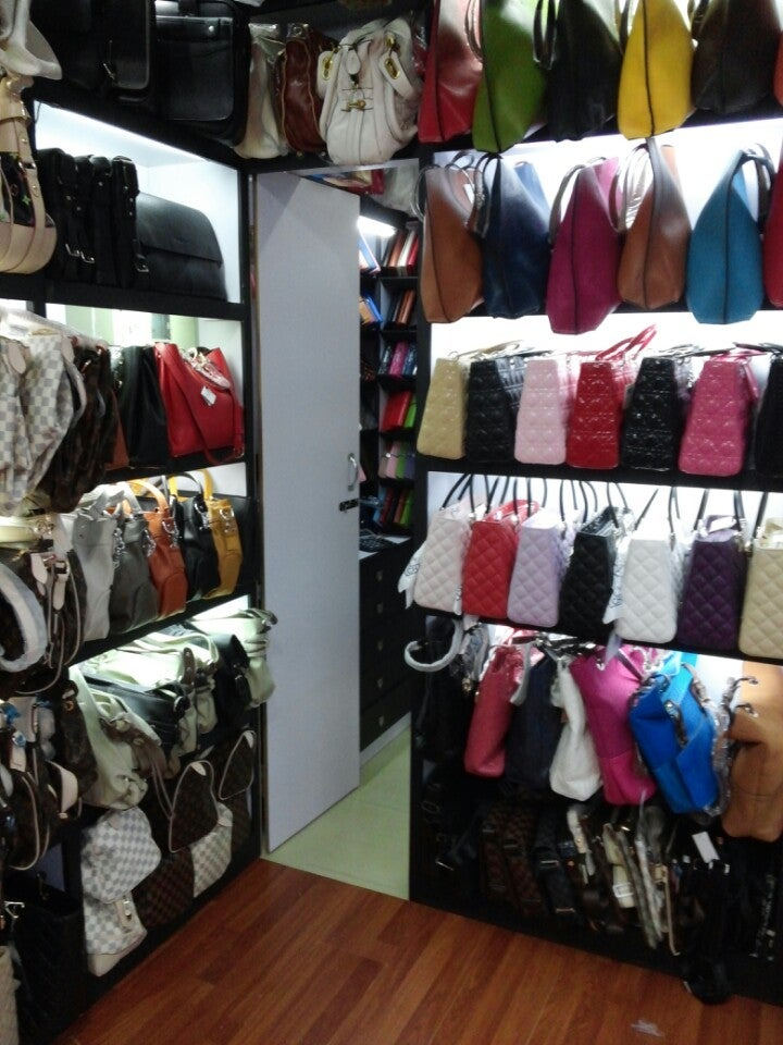 Fenshine Fashion & Accessories Plaza