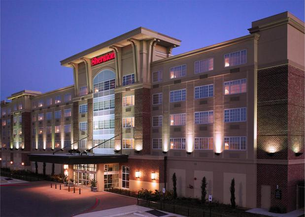 Photo of Sheraton Houston West Hotel