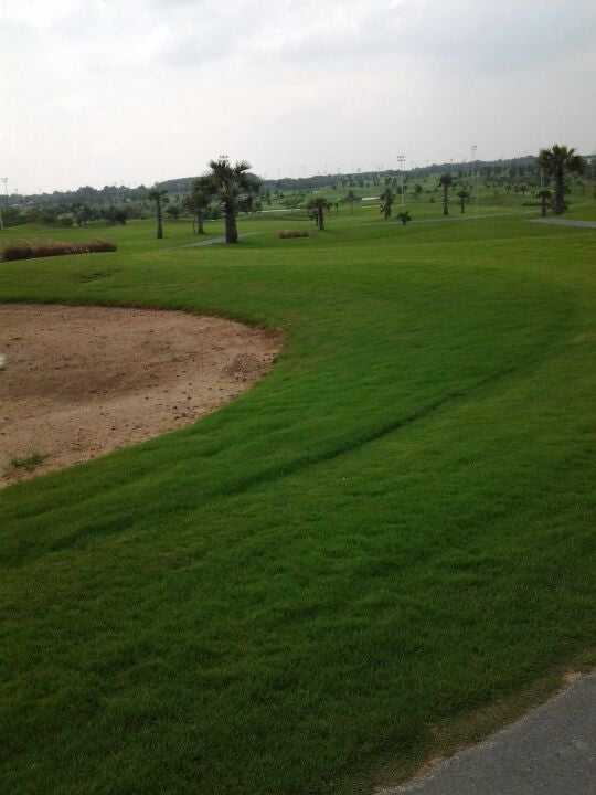 Twin Doves Golf Club