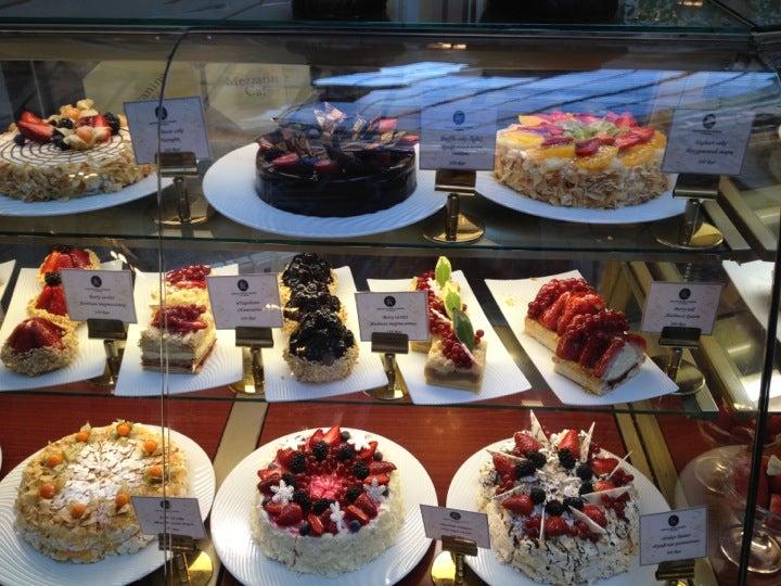 «Мезонин» на Михайловской: невкусный торт испортил настроение