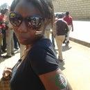 Daphine Nyandondi