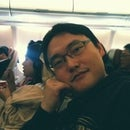 Jin Young Hong