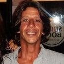 Gustavo Melo