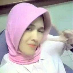Amalia Muzatin