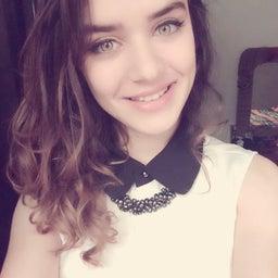 Yasmine G.