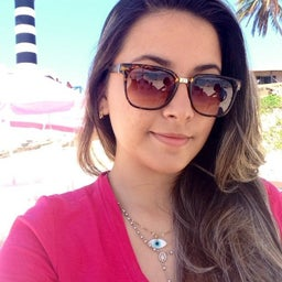Júlia Tenorio