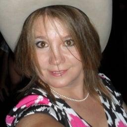 Shelley Ray