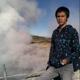 Eben ezer Hutasoit