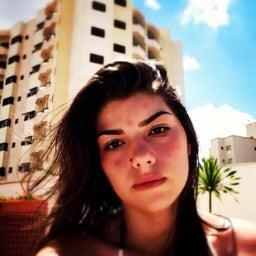 Livia Carneiro