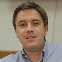 Eduardo Wallach