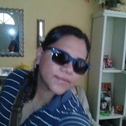 Brenda Islas