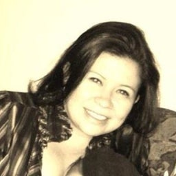 Karla Núñez